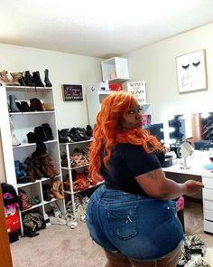 Thick Girl Fashion, Black Women Fashion, Womens Fashion, Driving Shoes Men, Ems, Curvy, Cupcakes, Plus Size, Booty