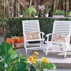 Give your backyard area, patio, or porch a makeover with an expandable faux laurel leaf garden trellis. You can create a private oasis in no time!