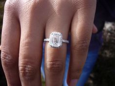 emerald.bmp.. not usually a fan but this is a beautiful emerald cut..
