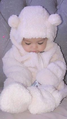 Baby Girl Pictures, Cute Baby Videos, Cute Baby Pictures, Cute Asian Babies, Korean Babies, Cute Babies, Cute Little Baby, Cute Baby Girl, Little Babies