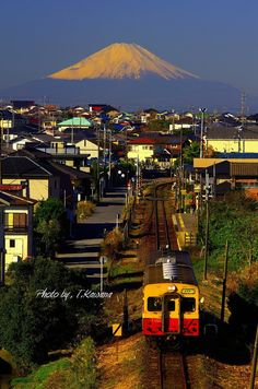 Kawana Tsutomu railway and Mt. Fuji