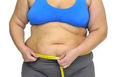 In questo articolo vi insegneremo a preparare la più efficace bevanda brucia-grassi; accelera il processo di perdita di peso e aiuta a bruciare il grasso attorno alla zona addominale.