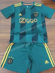 Ajax Away Green Kid/Youth Soccer Uniform Football Uniforms, Sports Uniforms, Football Outfits, Team Uniforms, Football Fans, Football Shirts, Football Clothing, Soccer Kits, Youth Soccer