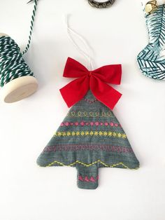 Quilty Holiday Ornaments | WeAllSew
