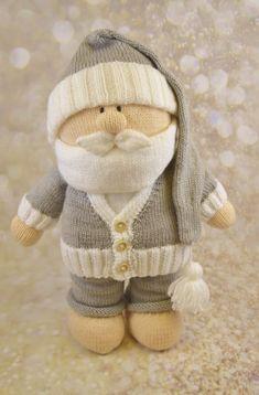 varrás Santa on boxing day relaxing - soft toy plushie knitting pattern - Christmas Baby Knitting Patterns, Christmas Knitting Patterns, Crochet Christmas, Easy Knitting, Double Knitting, Knitting Yarn, Boxing Day, Yarn Shop, Stuffed Toys Patterns