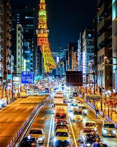 "tokyotuisku: ""Tokyo sparkling street Instagram: https://www.instagram.com/tokyonieve/ """