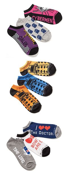 Dr. Who Socks http://rstyle.me/n/dr5s5nyg6