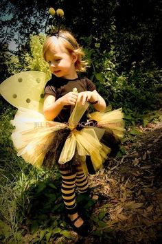 bee halloween costume- for Taylor she won't wear the hair for Jesse from toy story so this will have to do, I will be the queen bee!!