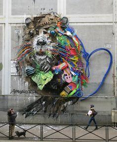 Le street artistBordalo II, célèbre pour ses œuvres monumentales en 3D fabriquées à partirde déchets recyclés, vient d'installer sa dernière créati