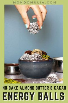 No-bake almond butter and cacao energy balls. Healthy protein balls that you can make in advance and keep in your fridge/freezer for later use. No bake energy balls are perfect for a post-workout snack. Healthy Diet Snacks, Healthy Protein, Healthy Treats, Healthy Eating, Healthier Desserts, Protein Diets, Vegan Snacks, Paleo Energy Balls, Energy Bites