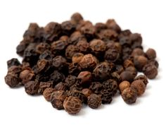 THERE'S NO SHORTAGE OF PLACES TO GET YOUR BLACK PEPPER FROM; AS ONE OF THE WORLD'S MOST POPULAR SPICES, IT'S GROWN ALL ACROSS THE WORLD'S SPICE REGIONS, FROM INDIA TO INDONESIA TO ECUADOR AND BRAZIL. WE DON'T TALK MUCH ABOUT TERROIR WHEN IT COMES TO SPICES, BUT IT'S WORTH THINKING ABOUT. AFTER ALL, PEPPERCORNS ARE FRUITS JUST LIKE GRAPES, AND SOIL, GROWING CONDITIONS, AND VARIETY OF PEPPERCORN ARE ALL GOING TO HAVE AN IMPACT ON FLAVOR PROFILE. HOW STRONG ARE THESE FLAVOR DIFFERENCES, AND…