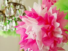 How to Make Tissue Pom-Poms