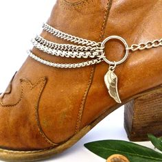 A boho boot chain Christmas from www.bootbooti.etsy.com