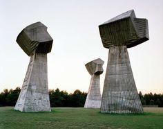 Abandoned Monuments   feel desain