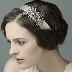Google Image Result for http://chicweddinghairstyles.com/wp-content/plugins/jobber-import-articles/photos/143867-pics-of-short-wedding-hair-with-headband-2.jpg