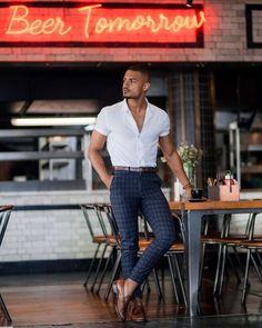 King Fashion, Men's Fashion, Fashion Trends, Fine Black Men, Stylish Mens Outfits, Mens Fashion Suits, Mens Clothing Styles, Coffee Today, Zara Man