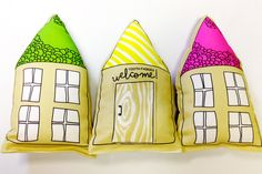 Organic tooth fairy houses - for your eco-friendly tooth pillow. http://www.greenmomguide.com/product/tooth-fairy-house-pillow