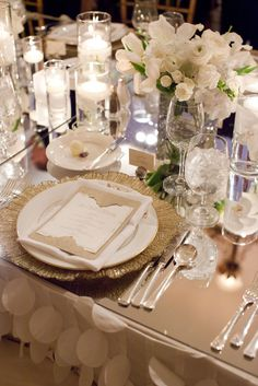 mirror top and table cloth