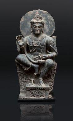 A very rare and impressive Gandhara figure 'Avalokiteshvara' Gandhara-region/Pakistan, cent. Chinese Buddhism, Buddhist Art, Stone Sculpture, Sculpture Art, Pakistan Art, Buddha Garden, Buddha Life, Meditation Art, Tibetan Art