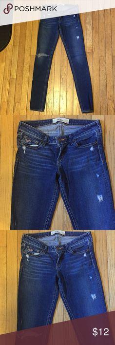 "Hollister Destructed Skinny Stretch Jeans Sz 5L Hollister Destructed Skinny Stretch Jeans Sz 5L. 33"" inseam. Hollister Jeans Skinny"
