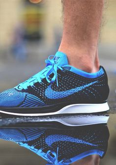 mens nike flyknit racer blue black