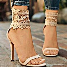 The heels work for a 2-3 hour event..especially with great jeans. 3 hours would be max time for wearing them. They are pretty and I love the ankle strap/wrap. #anklestrapsheelswithjeans