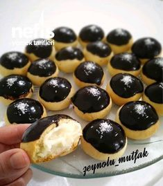 Muhallebili Kurabiye - Nefis Yemek Tarifleri - - Muhallebili Kurabiye You are in the right place about cake coconut Here we offer you the most beautiful pictures about the cake pops you are looking for. When you examine the Muhallebili Kurabiye Custard Cookies, Cake Cookies, Cupcakes, Flan, Light Snacks, Turkish Recipes, Savoury Cake, Sweet Desserts, Clean Eating Snacks