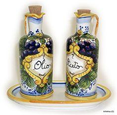 ITALIAN CERAMIC BOTTLES, CRUETS & SHAKERS: Italian Ceramics - Deruta