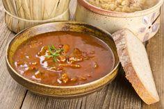 Szüreti gulyás recept, ilyet még nem ettél! - Ketkes.com Goulash, Stew, Cooking Recipes, Yummy Food, Ethnic Recipes, Delicious Food, Ethnic Food, Goulash Soup Recipes, Food Portions