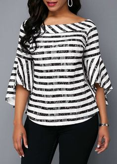 Stylish Tops For Girls, Trendy Tops, Trendy Fashion Tops, Trendy Tops For Women Stylish Tops For Girls, Trendy Tops For Women, Blouses For Women, Trendy Fashion, Fashion Models, Fashion Outfits, Fashion Fall, African Dresses For Women, African Dress Styles