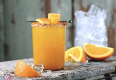 Orange Turmeric Margaritas are a sweet and smoky take on the classic cocktail. fresh juice and a salty, spiced rim make these drinks extra special but are still easy to make. Turmeric Drink, Turmeric Smoothie, Tequila, Cucumber Cocktail, Kombucha Cocktail, Healthy Cocktails, Spicy Thai, Thai Basil, Dairy Free Milk