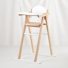 Doll World High Chair -Nod
