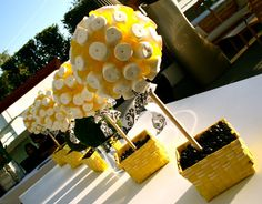 Marshmallow and lollipop topiary
