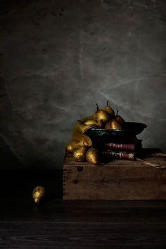 Bolo de mousse de chocolate com pêras assadas # Chocolate mousse cake with roasted pears