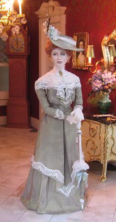 1900 walking dress