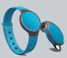 Misfit Flash monitors your steps, tracks your sleep cycle and does everything you'd expect from a fitness tracker.