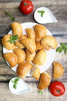 Pretzel Bites, Bon Appetit, Starters, Finger Foods, Recipies, Pierogi, Bread, Meals, Dinner