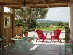 Boutique vakantiehuizen, een beetje zoals uit een woonmagazine! Geweldige stek met kinderen. Met zwembad en uitzicht op wijnvelden en de Pyreneeën. #Languedoc