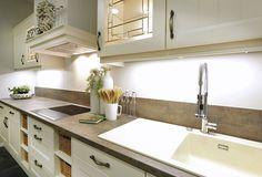 Keukenspecialist | specialisten in keukens - Inspiratie voor je nieuwe keuken Kitchen Cabinets, Interior Design, Home Decor, Pets, Nest Design, Decoration Home, Home Interior Design, Room Decor, Cabinets