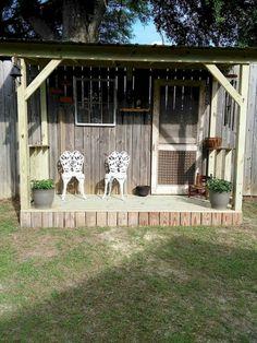 60 DIY Backyard Privacy Fence Design Ideas on a Budget Insidexterior # fas … - Zaun Ideen Cheap Privacy Fence, Privacy Fence Designs, Garden Privacy, Backyard Privacy, Diy Fence, Backyard Fences, Fence Ideas, Fenced In Backyard Ideas, Porch Privacy