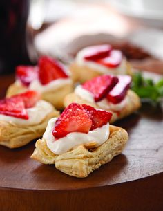Memorial Day #recipe: Strawberry & Sour Cream Tartlets