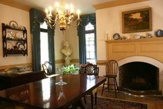 World Dining Room Furniture on Barker S Antiques   Like This Family Dining Room Set   Are Well Suited