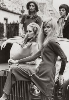 Jean Muir, 1969 ~ Left-to-right, on bonnet: Jenny Hanley and Madeline Smith; at rear, left-to-right: Joanna Lumley and Anna Calder-Marshall