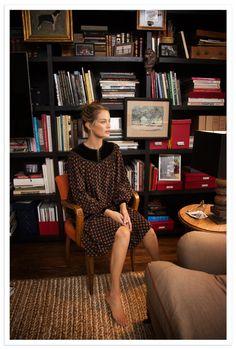 Habitually Chic® » Carolyn Murphy at Home