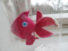 Bright Magenta Pink and White Felt Goldfish in a door manfredmonkeys Felt Fish, Goldfish, Magenta, Dinosaur Stuffed Animal, Bright, Toys, Unique Jewelry, Handmade Gifts, Pink
