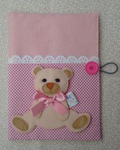 capa para cartão de vacina 16 x 22 cm tema urso. O nome será acrescentado após a compra.