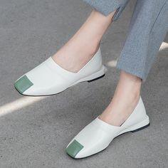 Chiko Kimberlynn Pointed Toe Block Heels Clogs/Mules
