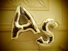 more gold letter balloons