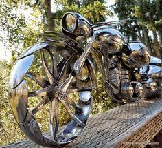 Les sculptures de motos en cuillères de James Rice  2Tout2Rien