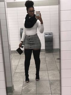 Pin by Beauty Tips & Tricks on Mode 2019 in 2019 Pin by Beauty Tips & Tricks on Mode 2019 in 2019 Dope Outfits, Trendy Outfits, Fashion Outfits, Fashion Tips, Black Girl Fashion, Look Fashion, Fall Winter Outfits, Autumn Winter Fashion, Vetement Fashion
